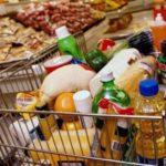 Жителі України витрачають на продукти 54% сімейного бюджету