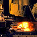 Посадових осіб металургійного комбінату викрили у привласненні 24 млн гривень